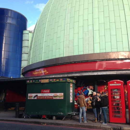 Photo taken at Madame Tussauds by Yanet D. on 11/3/2012
