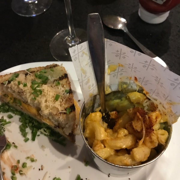 El Mac & Cheese es de los mejores del DF... totalmente recomendable!