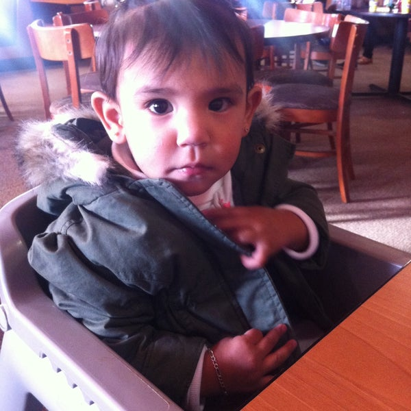 Photo taken at Peter Piper Pizza by Rut V. on 12/17/2014