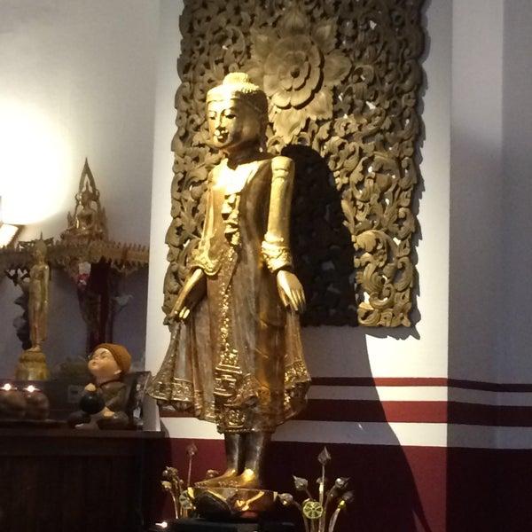 Das Foto wurde bei Sri-Thai von Antje K. am 4/6/2016 aufgenommen