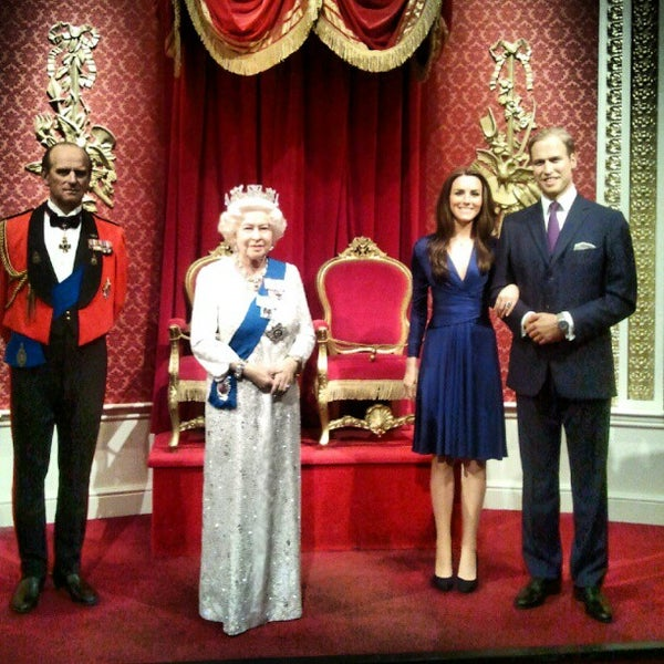 Photo taken at Madame Tussauds by Alexandre L. on 9/19/2012