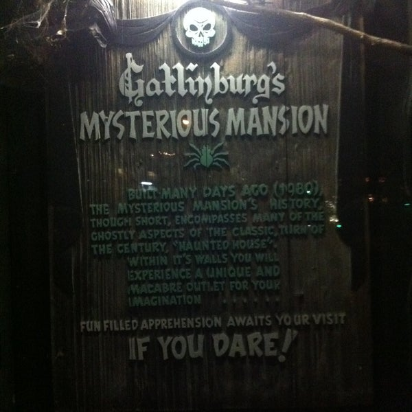 Foto diambil di Mysterious Mansion oleh Steven C. pada 4/26/2013