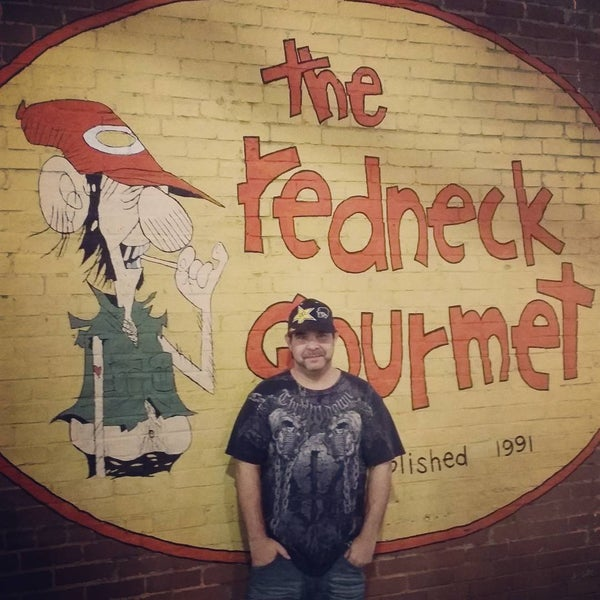 Photo taken at Redneck Gourmet by Brian Y. on 12/30/2015