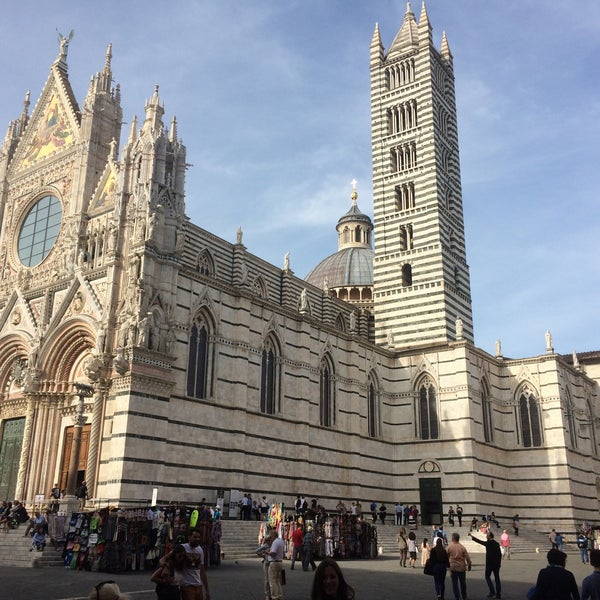 Photo taken at Siena by Dmitriy I. on 9/29/2017