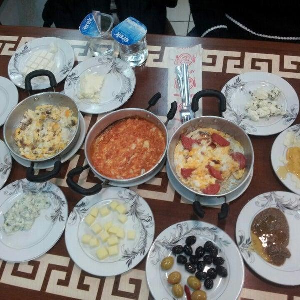 10/12/2015 tarihinde Ercan B.ziyaretçi tarafından Yeni İmsak Kahvaltı Salonu'de çekilen fotoğraf