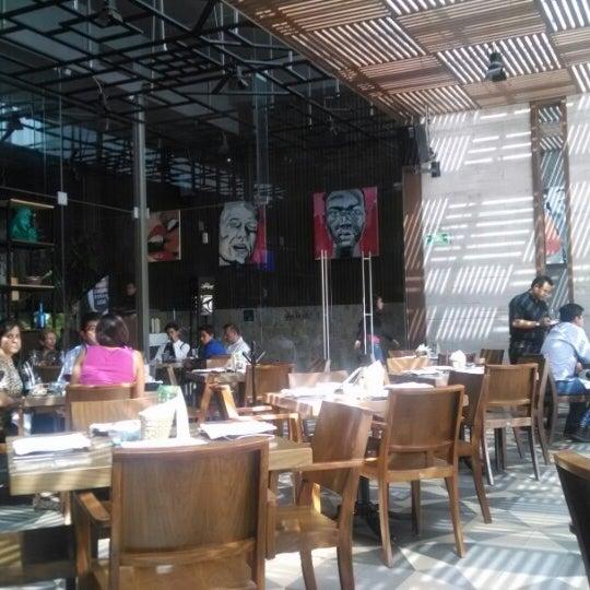 Снимок сделан в La Ocho Restaurante пользователем Argy S. 6/7/2014