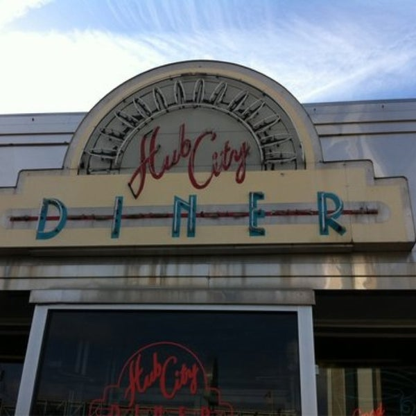 Photo taken at Hub City Diner by Allen D. on 3/14/2014