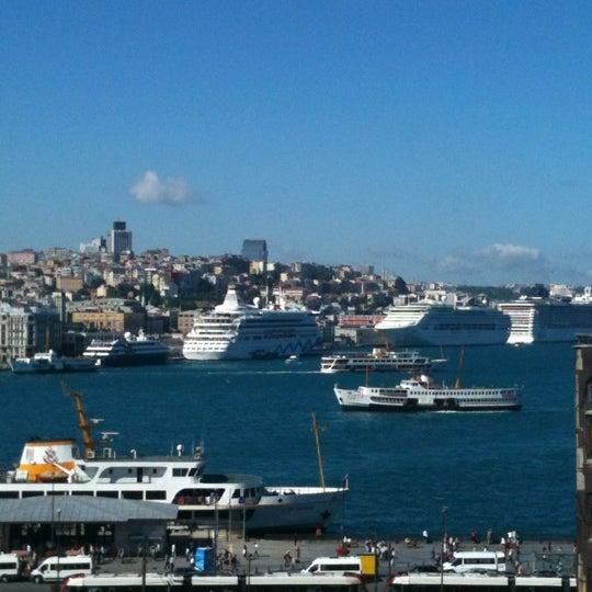 6/22/2012 tarihinde Tatyanaziyaretçi tarafından Legacy Ottoman Hotel'de çekilen fotoğraf