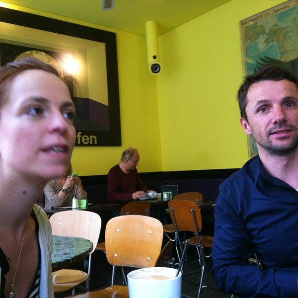 Das Foto wurde bei Baader Café von Hektar H. am 5/4/2014 aufgenommen