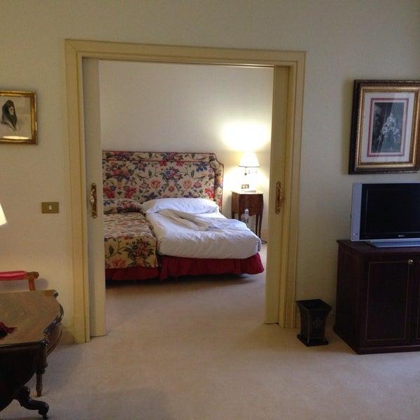 Un lujo! Una experiencia como pocas el poder disfrutar del único Relaus&Chateaux de Madrid. Comodidad, tranquilidad, servicio exquisito, máxima calidad y cuidado y mimo de todos los detalles.