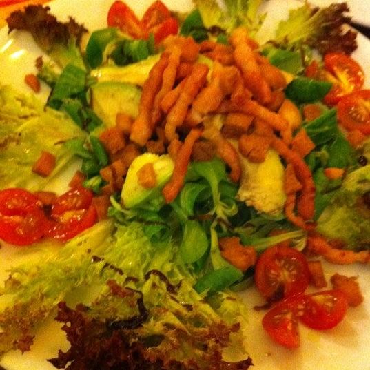 Foto tomada en Restaurante Italiano Emma y Julia por Daniel A. el 9/15/2012