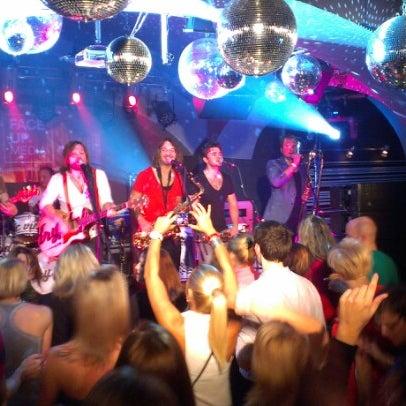 Снимок сделан в Music Bar Phenomen пользователем Josef V. 11/8/2012