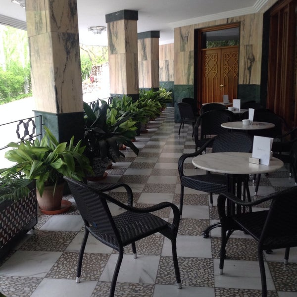 Photo taken at Hotel Alixares by Alice _. on 4/21/2015
