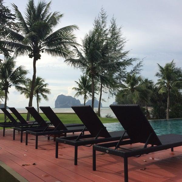 Photo taken at Anantara Si Kao Resort And Spa by Rung P. on 10/4/2016