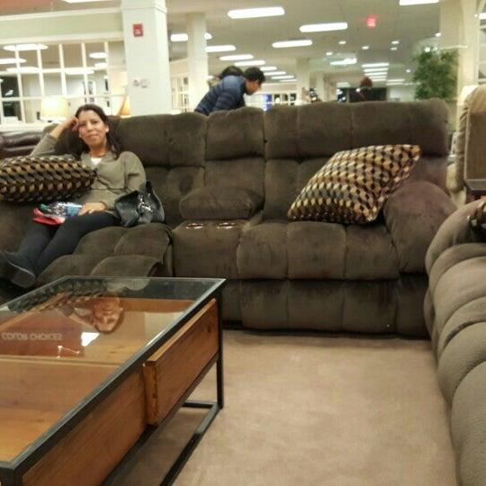 Raymour Flanigan Furniture And Mattress Store Paramus Nj