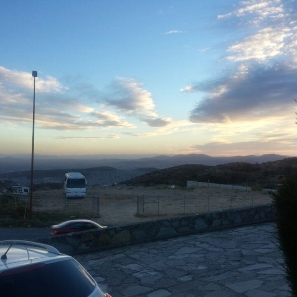 Photo taken at Villa Alpina El Chalet by Edgar G. on 3/17/2014