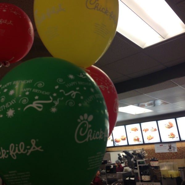 Photo taken at Chick-fil-A by Gina T. on 10/21/2014
