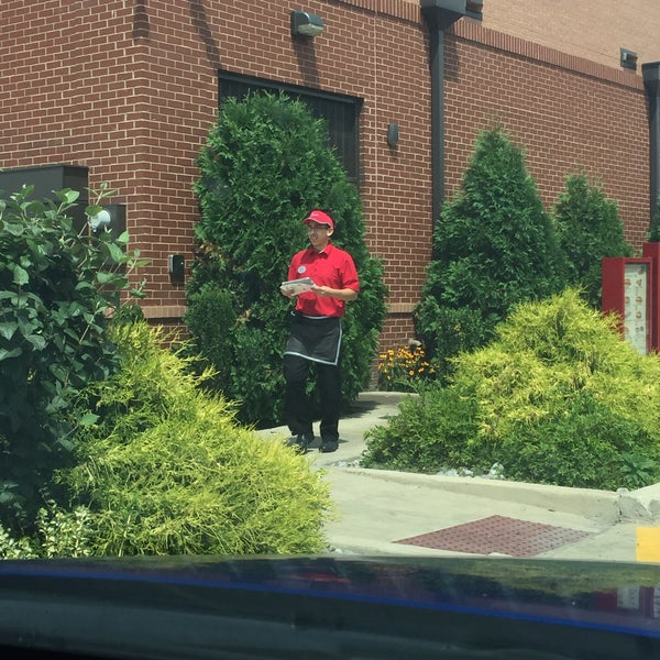 Photo taken at Chick-fil-A by Gina T. on 7/16/2016