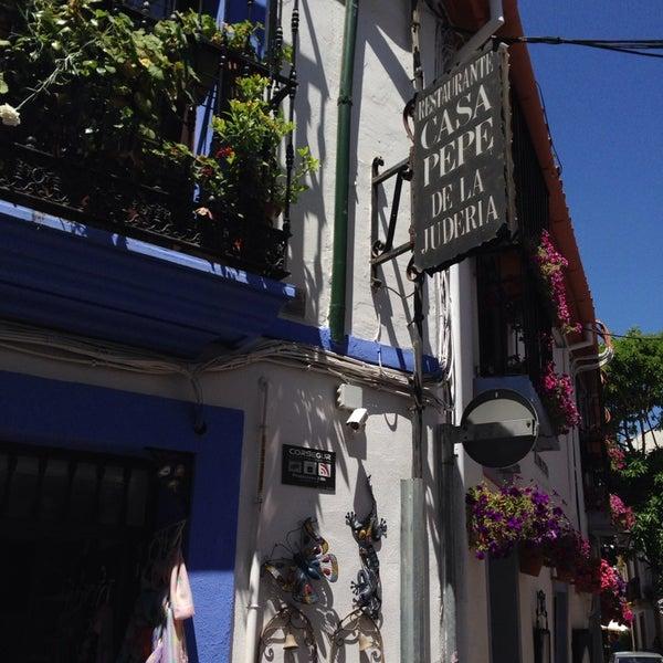 Foto tomada en Casa Pepe de la Judería por Carlos S. el 6/8/2014