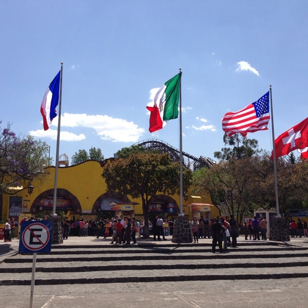 Photo taken at Six Flags México by Victor A. on 3/23/2013