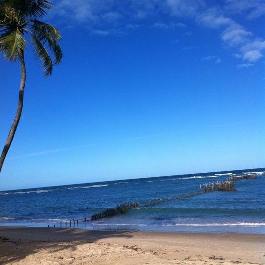 Foto tirada no(a) Praia da Garça Torta por Thiago A. em 9/29/2012