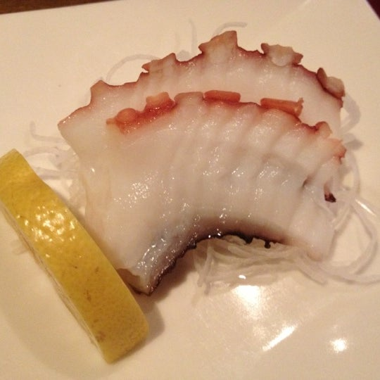 Photo taken at Tomo Japanese Cuisine by Julieta F. on 11/25/2012