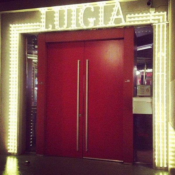 Photo prise au Luigia par Cíntia C. le9/15/2013