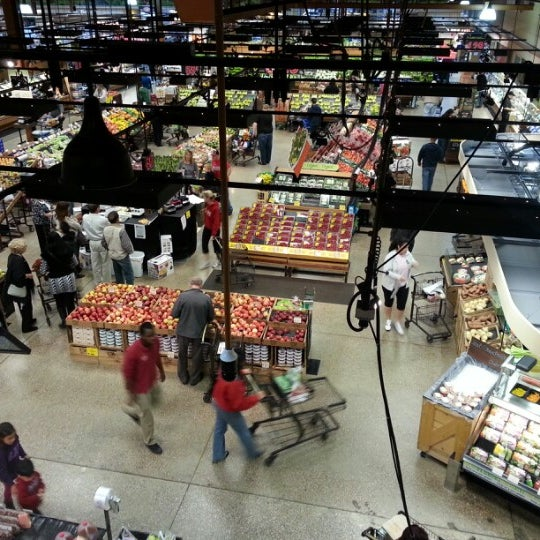 Photo taken at Wegmans by Scott H. on 10/7/2012