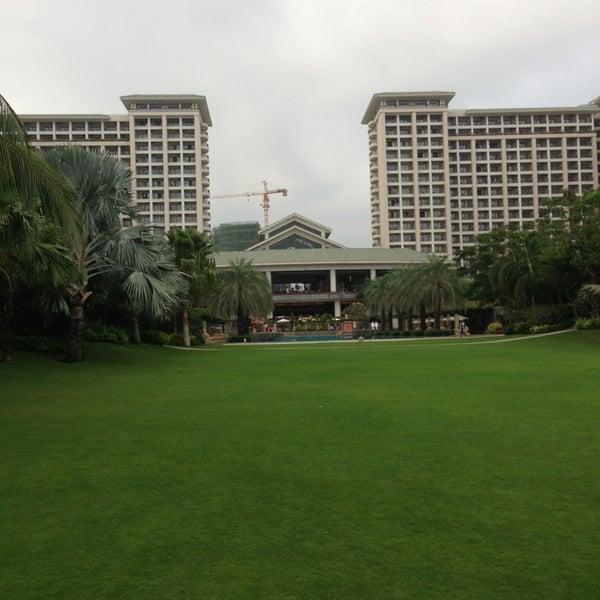 Photo taken at HowardJohnson Resort Sanya Bay by Maxim on 3/7/2013