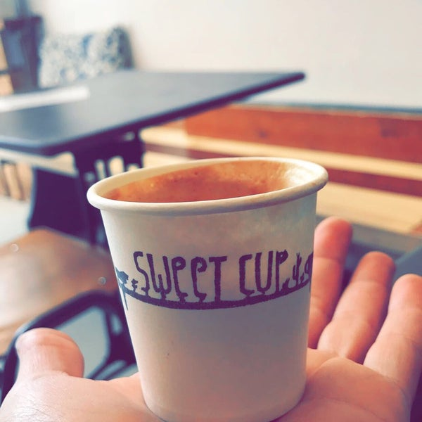 Foto tirada no(a) Sweet Cup por Humaid B. em 5/6/2017