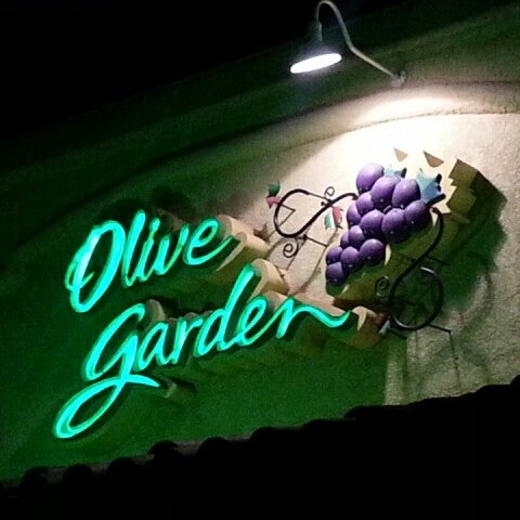 Photos at Olive Garden - 16 tips from 1217 visitors