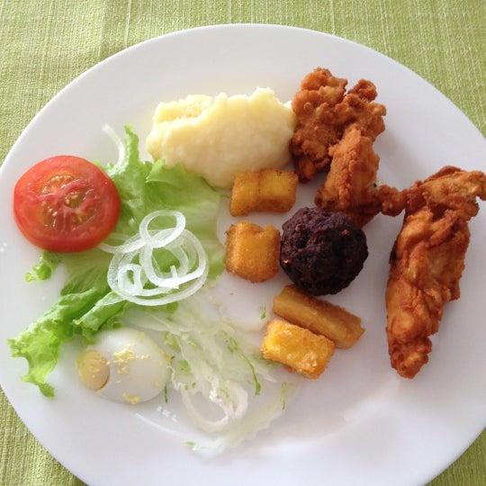 Foto tirada no(a) Restaurante da Família por Cristiano L G. em 12/14/2012