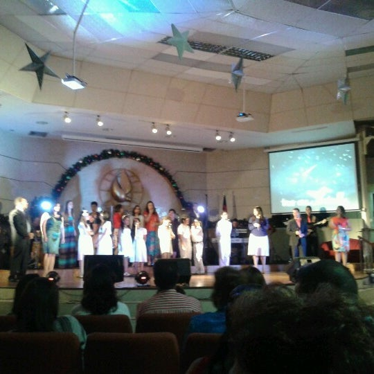 Foto scattata a Casa de Oración Cristiana da cathy g. il 12/25/2012