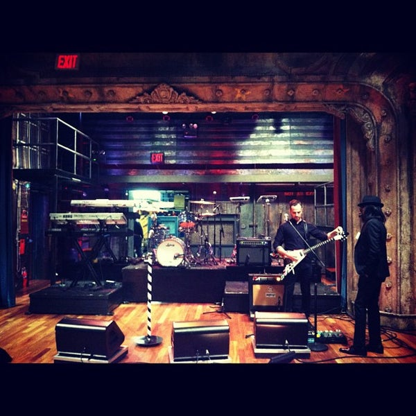 Foto tirada no(a) Late Night with Jimmy Fallon por Jeff C. em 4/1/2013