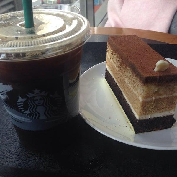 Photo taken at Starbucks by Hyejin P. on 11/8/2014