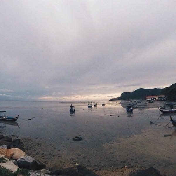 Photo taken at Teluk Tempoyak by zul m. on 5/3/2015