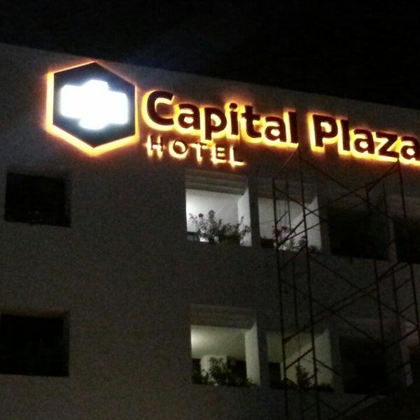 Foto tomada en Capital Plaza Hotel por Juan Carlos S. el 5/19/2014
