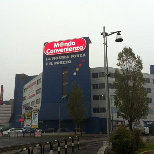 Mondo Convenienza - Möbel- / Einrichtungsgeschäft