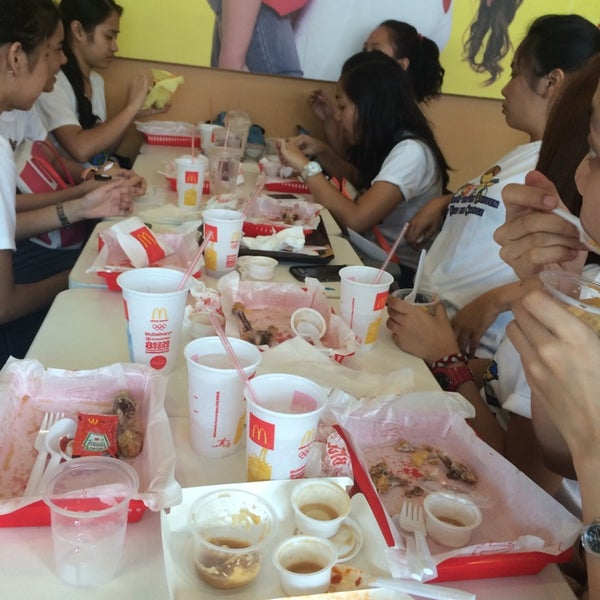 Photo taken at McDonald's by Reg D. on 11/11/2014
