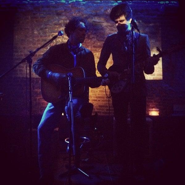 Photo prise au Club Clandestin par Alban d. le12/26/2013