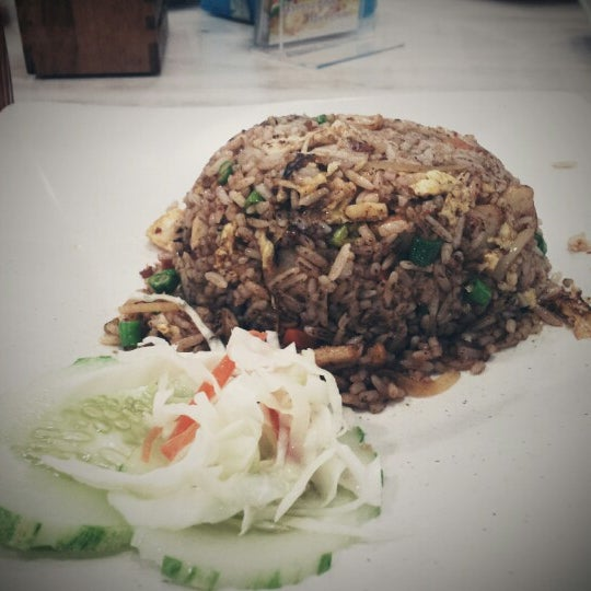 Photo taken at Homst Restaurant by Saiful Ashraf S. on 10/24/2012