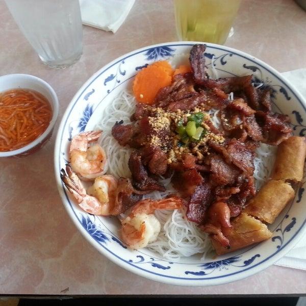 Photo taken at Pho 777 Vietnamese Restaurant by Michelle C. on 7/28/2013