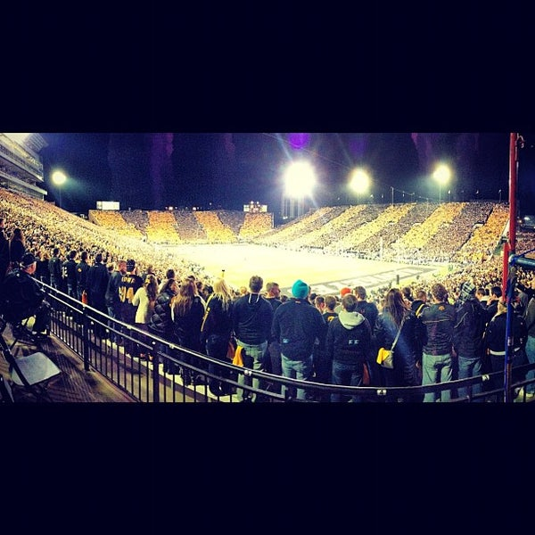 Photo taken at Kinnick Stadium by @MaxJCrowley on 10/21/2012