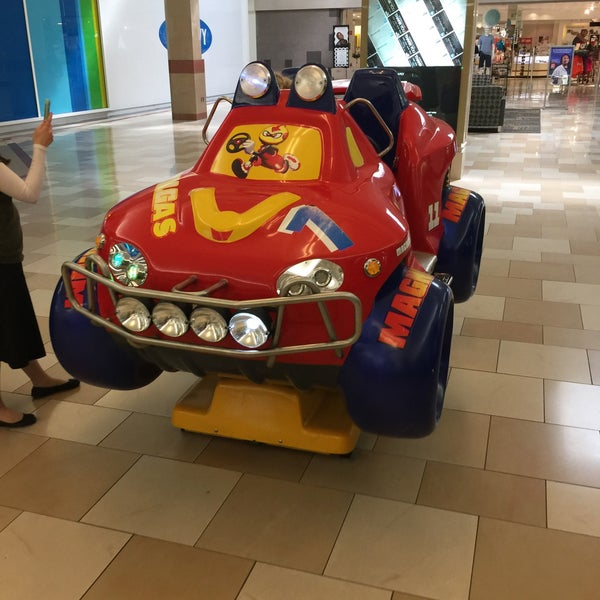 Photo taken at Ocean County Mall by Scott Kleinberg on 6/18/2017