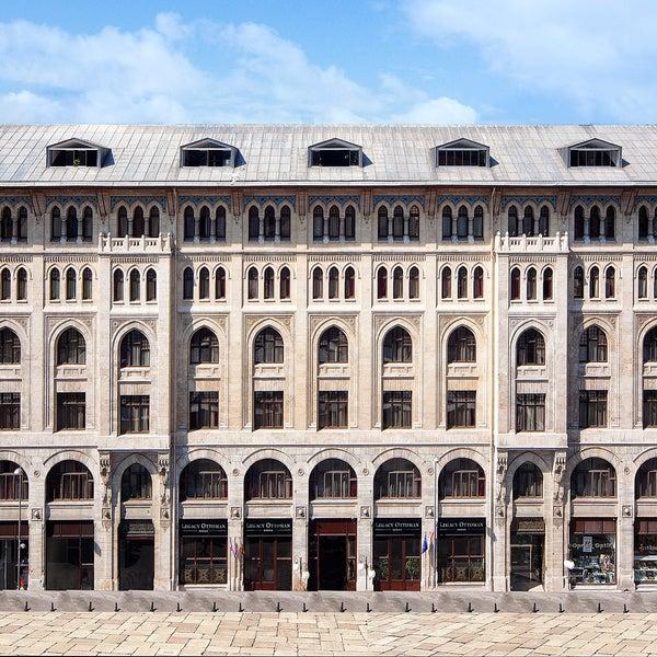 6/2/2014 tarihinde Legacy Ottoman Hotelziyaretçi tarafından Legacy Ottoman Hotel'de çekilen fotoğraf