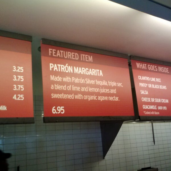 Photo taken at Chipotle Mexican Grill by Matt C. on 9/17/2013