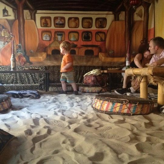 Das Foto wurde bei Ambiente Africa von Ryan D. am 8/1/2012 aufgenommen