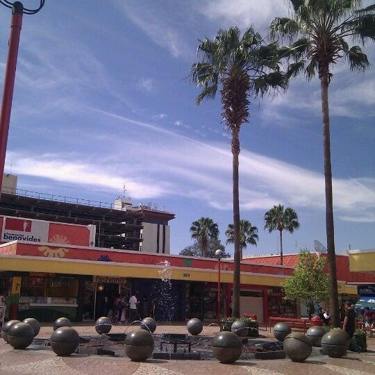 Foto tomada en Plaza del Sol por Valery T. el 4/7/2013