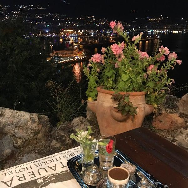 6/23/2017 tarihinde Tunahan E.ziyaretçi tarafından Centauera Butik Hotel &Cafe'de çekilen fotoğraf