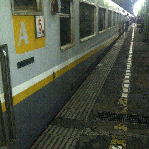 Photo taken at Stasiun Gambir by Rizky R. on 6/17/2013